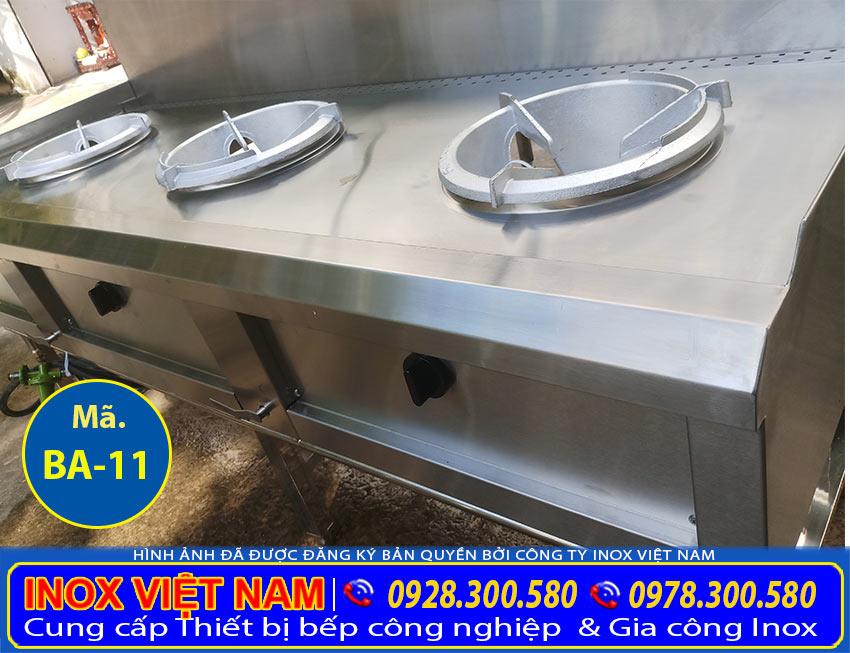 IVN địa chỉ sản xuất Thiết bị bếp á công nghiệp, bếp inox công nghiệp, thiết bị bếp công nghiệp inox chất lượng cao tại Inox Việt Nam. (Ảnh thực tế).
