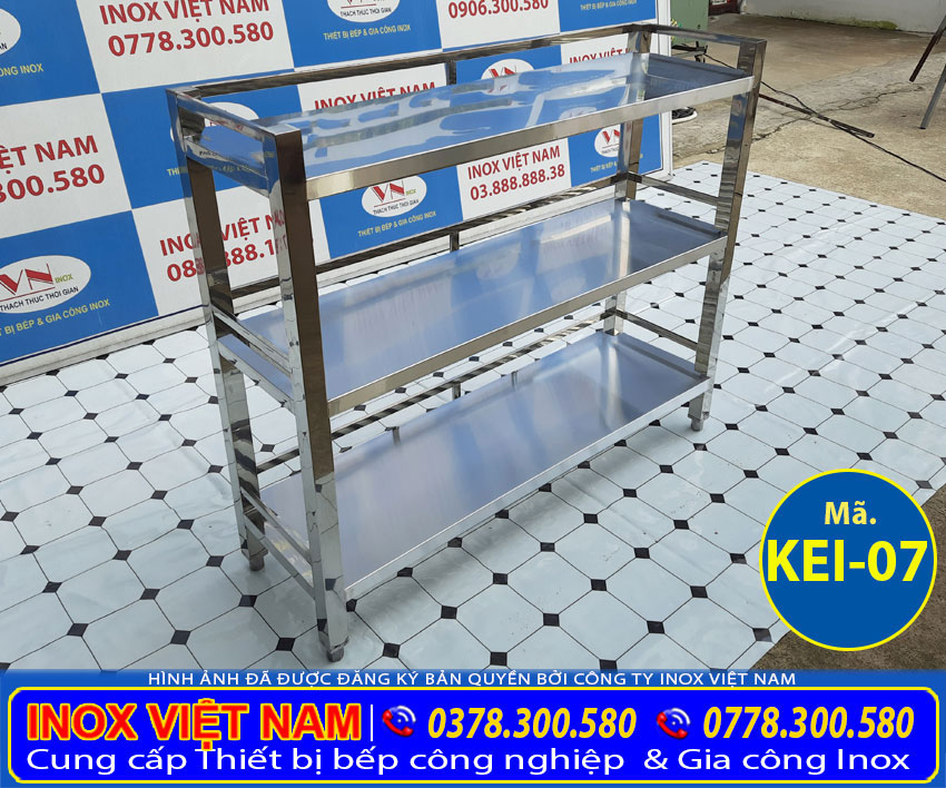Bếp Inox Việt Nam là đơn vị sản xuất kệ bếp inox 304 cao cấp, có độ bền cao.