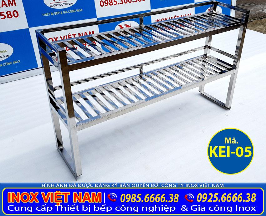 Kệ bếp inox 2 tầng, giá úp chén ly inox cao cấp và sang trọng sản xuất Bếp Inox Việt Nam.
