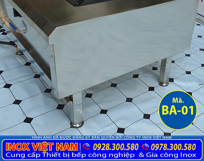 Bếp hầm đơn công nghiệp, sản xuất bằng inox 304, có độ bền cao, sáng bóng và dễ dàng sử dụng.