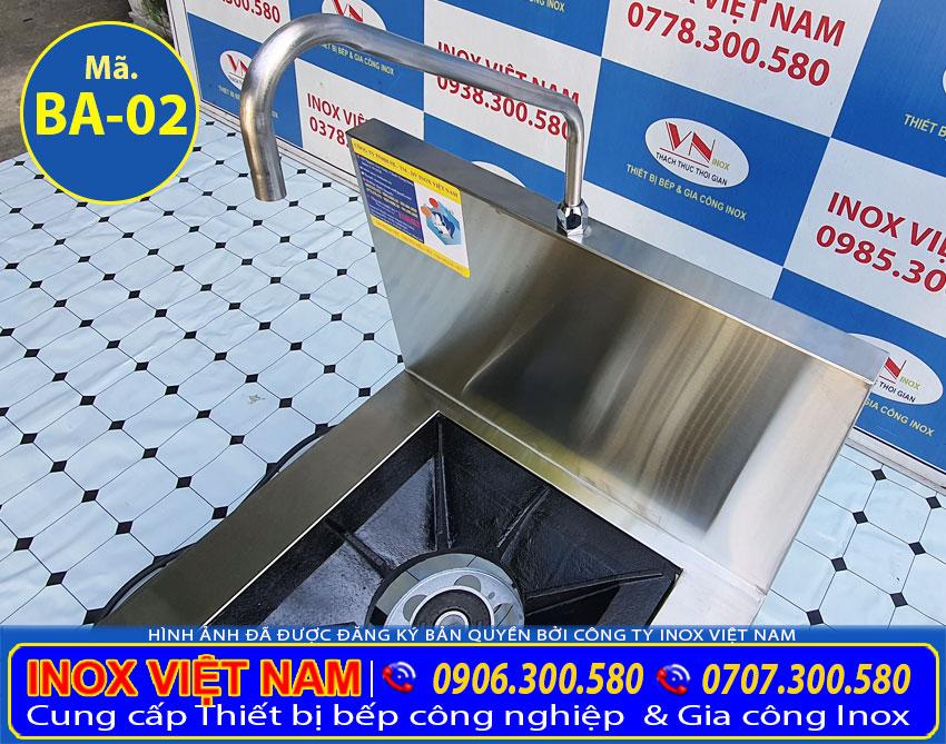 Bếp hầm công nghiệp, bếp ga công nghiệp sản xuất bằng inox có độ bền cao, chịu nhiệt tốt.