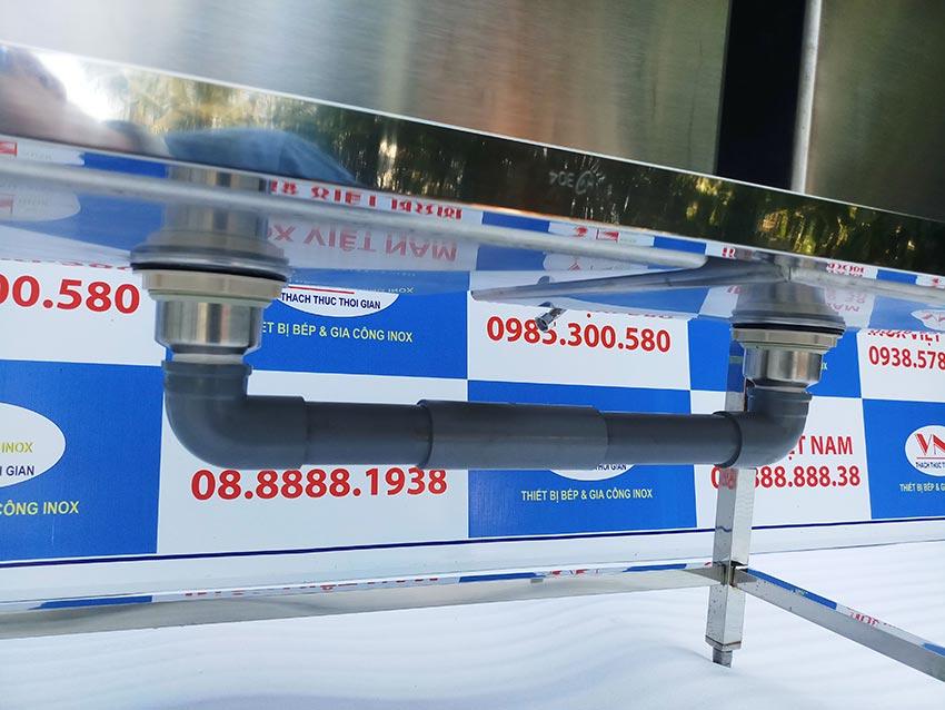 Hệ thống cấp nước và khung chân chậu rửa inox công nghiệp sản xuất Inox Việt Nam.