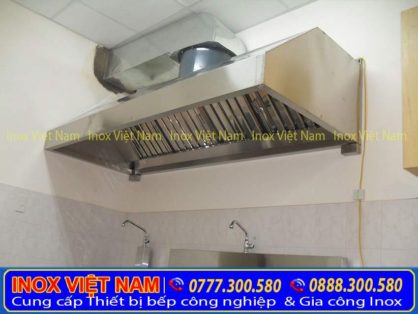 Hệ thống chụp hút khói công nghiệp, chụp hút khói gia đình, chụp hút khói bếp nhà hàng , khách sạn, bếp lẫu nướng sản xuất Bếp Inox Việt Nam.