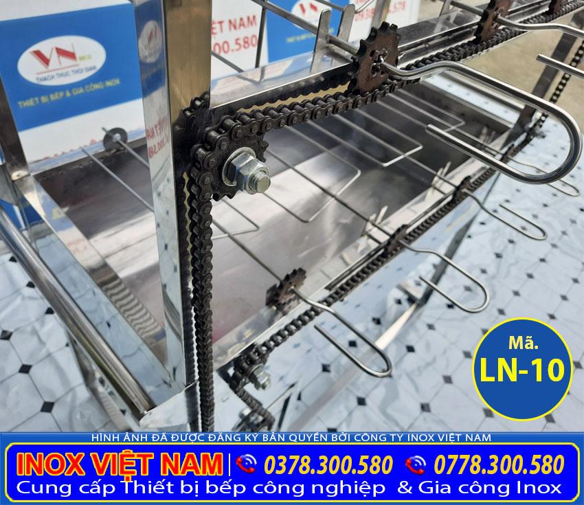 Máng chứa than thiết kế với dung tích lớn và inox cao cấp.