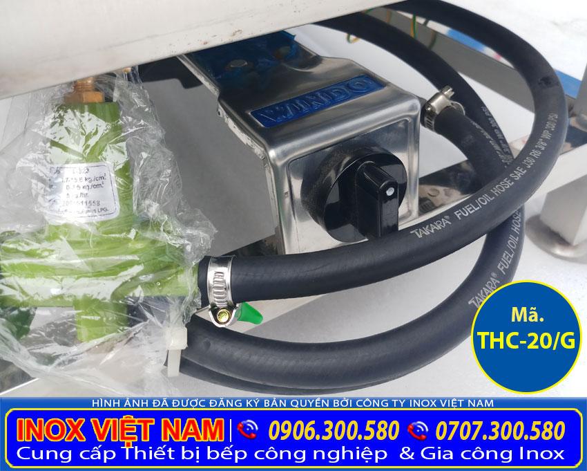 Hệ thống điều khiển và dây dẫn gas trong tủ nấu cơm, tủ hấp cơm công nghiệp.