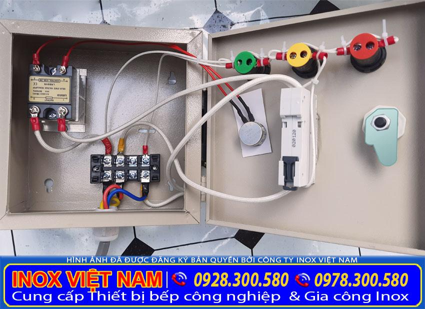 Hộp điều khiển nồi hấp bánh bèo bằng điện hiện đại và dễ dàng sử dụng