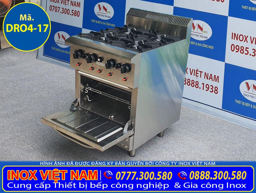 Mẫu bếp âu công nghiệp 4 họng đốt có lò nướng sử dụng gas.
